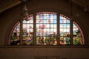Um dos vitrais do artista Conrado Sorgenicht. Foto: Tadeu Pereira.